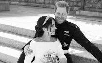 FOTOD | Armastusest nõretavad kaadrid! Kuningakoda avaldas Meghani ja Harry ametlikud pulmapildid