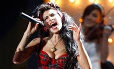 Amy Winehouse'i skulptuur Londonis