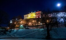DELFI FOTOD: Stenbocki maja ja Tallinna teletorn helgivad Belgia värvides