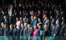FOTOD: Kümned tuhanded tavakodanikud ja sadakond riigimeest osalevad Nelson Mandela mälestusteenistusel