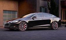 Elektriauto Tesla Model S sai Singapuris väidetavate heitgaaside eest kõrged maksud kaela