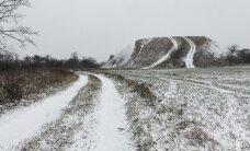 LUGEJATE FOTOD: Eestimaa nägi hommikul esimest lund, Tartus on lumesadu tihenenud ja lund juba 8 cm