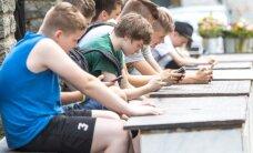 GALERII: Noored on vallutanud lillemüüjate alad, et luua Pokemonimängu treeningkeskus