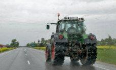Traagiline päev liikluses: Kolga-Jaani vallas jäi kraavi vajunud tarktori alla 12-aastane poiss