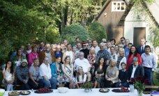 SÜNNAKLÕPS: Edgar Savisaar tervitas uut eluaastat vaid oma pere ja truude sõprade seltskonnas!