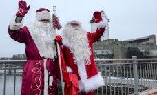 ФОТО: На мосту в Нарве встретились Jõuluvana и Дед Мороз
