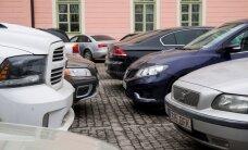 TABEL: Kes riigikogulastest sõidab Lexuse, kes Jaguari ning kes Toyotaga? Kes pole palunud sentigi autohüvitist?