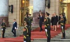 FOTO: Eesti suursaadik Hiinas Marten Kokk andis üle volikirja