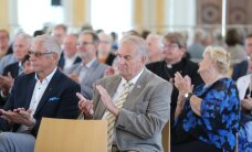 FOTOD | Toompeale kogunes taasiseseisvumisaja suurkujudest koosnev 20. Augusti Klubi