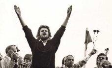 AVALDA ARVAMUST, mis peaks olema laulva revolutsiooni hümn?