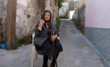 VÄRSKES MAALEHES: Kreeklase argipäev samasugune nagu eestlasel - odavpoed, toiduabi, väike palk