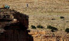 Nördinud turistid: miks pole Grand Canyonis lifti, miks matkarada on karude pärast suletud?