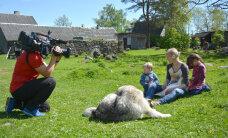 """TELETOP: """"Meie pere ja muud loomad"""" püsib kindlalt televaatajate huviorbiidis"""
