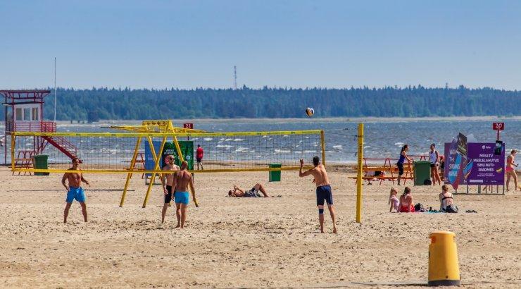 10 põnevat fakti Eesti suve kohta: süüakse kilode viisi jäätist ning päikest otsima lennatakse Kreekasse või Bulgaariasse