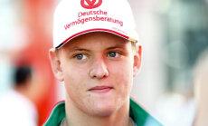 FOTOD: Mick Schumacher käis Hockenheimis oma isa endiste kolleegidega kohtumas
