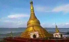 ВИДЕО: В Мьянме под воду ушел буддийский храм