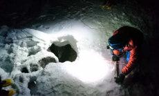 Альпинист выжил после пяти суток на дне расщелины в Альпах