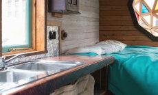 FOTOD: Väike ratastel maja, mille ehitas mees, kel polnud raha ega ehitustööst aimugi