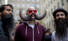 Vuntsi kasvatasid? Sinilinnus peetakse Movembri Galat ja kuulutatakse välja põnevaim vunts