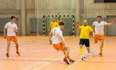 Tallinna Lennujaam ja Swedbank võistlemas Kuldpalli saalijalgpallis