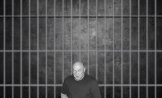 Kiri vanglast: teie mees suri hirmsates piinades. Arst hakkas talle rääkima, et ta valetab oma valude kohta