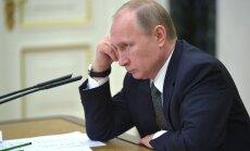 Raha otsas: Vladimir Putin läks iseenda ja Dmitri Medvedevi palga kallale