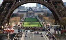 Париж потратит 300 миллионов евро на борьбу с очередями у Эйфелевой башни