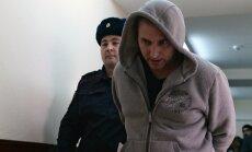 Šaltai-Boltai liige Vladimir Anikejev teel Lefortovo kohtusse.