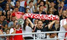 Poola korvpallifännid omadele toetust avaldamas
