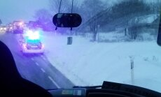 ФОТО и ВИДЕО читателя Delfi: Опасная погода. Новая авария под Кохтла-Ярве