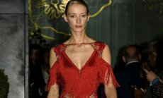 VAATA KOLLEKTSIOONI: Kristina Viirpalu uus <em>couture</em>-looming lummab luksuslikkuse, seksikuse ja detailirohkusega