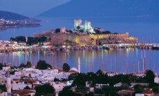 """Курортный город в Турции """"сполз"""" к морю после мощного землетрясения"""