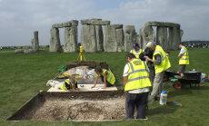 Stonehenge'ist leitud luustikud kinnitavad, et naised polnudki kiviajal nii allasurutud