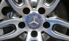 Mercedes näitab septembris Tesla elektriauto rivaali