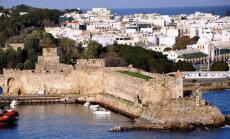 Райские пляжи и античные храмы: 10 лучших идей для отпуска на Родосе
