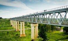 ФОТО. На самом высоком мосту в Литве провели туристические экскурсии