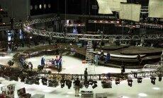 2002. aasta - Saku Suurhalli Eurovisiooni lava kokkupanek.
