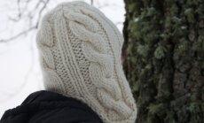 Kes on vilunud kuduja, võib mütsi teha palmikutega.