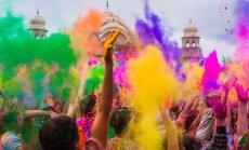 Безумие дня: потрясающий праздник Холи в Индии
