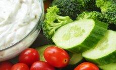 Farmi paiskas lettidele sibula- ja tomatimaitselised dipikastmed