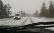 Lumine Tallinna-Peterburi maantee