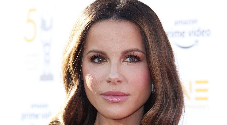 KLÕPS | Näitlejanna Kate Beckinsale eputab oma uskumatult julge soengumuutusega!