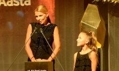 """EY ettevõtjate konkursil sai Kristi Täht tiitli """"Noore naisettevõtja 2015""""."""