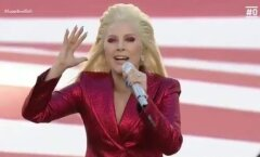 Uhke! Lady Gaga tegi senistele Superbowlil hümnilauljatele sajaga silmad ette