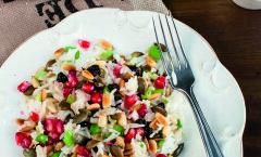 Lihtne retsept: valmista kodus leiduvatest ainetest üks maitsev, toitev ja värviline riisisalat