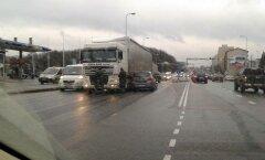 Liiklusõnnetus Tammsaare teel Tallinnas