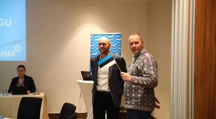 FOTOD | Erakond Isamaa koguneb Tartus volikogu pidama