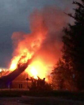 LUGEJA VIDEO | Põltsamaa vallas põles öösel elumaja