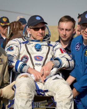VIDEO | Kolm astronauti tuli pärast 204-päevast kosmosesolekut Maa peale