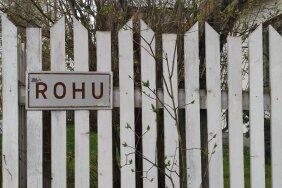 ФОТО | В Пярну 64-летний мужчина открыл огонь по соседскому дому. Полиция перекрыла улицу